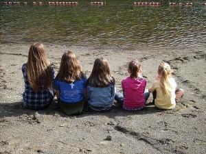 Kinder Strand Pixabay