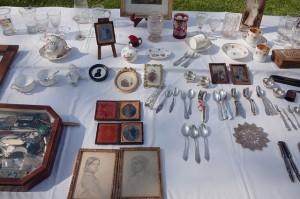 Trödelmarkt Antiquitäten - Pixabay